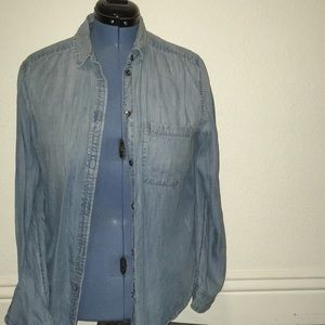 AE boyfriend chambray blouse
